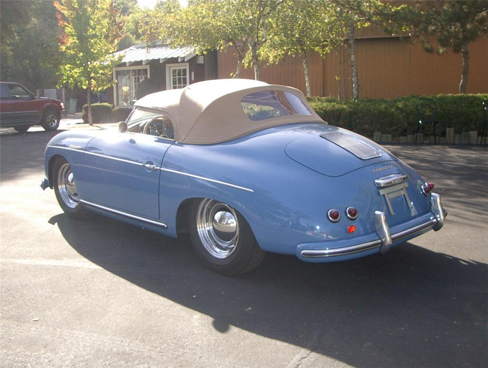 1956 PORSCHE 356A SPEEDSTER CONVERTIBLE - Rear 3/4 - 20315