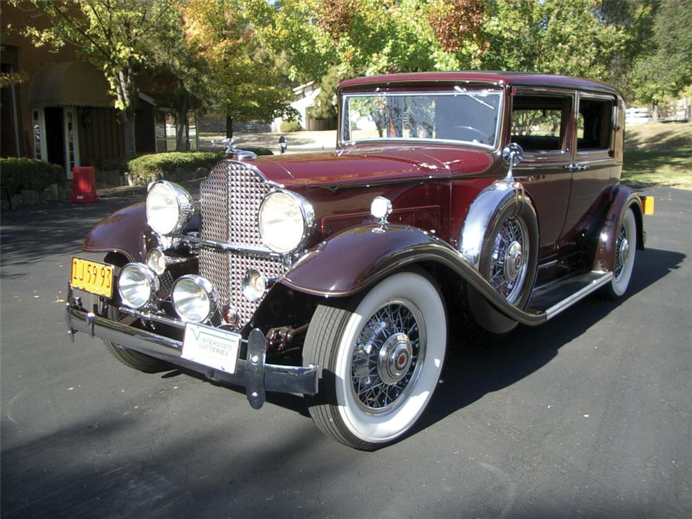 1932 PACKARD SERIES 902 MODEL 506 CLUB SEDAN - Front 3/4 - 20316