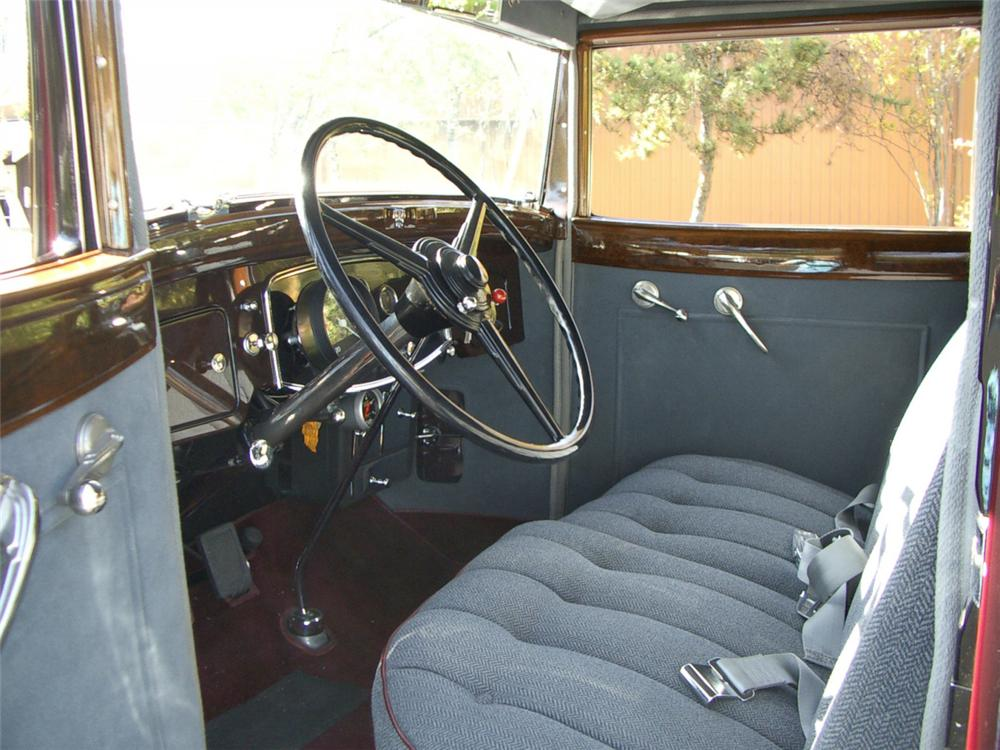 1932 PACKARD SERIES 902 MODEL 506 CLUB SEDAN - Interior - 20316