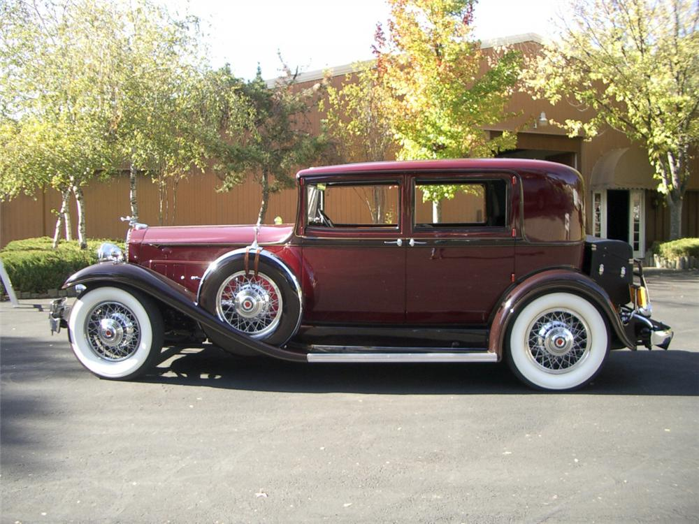 1932 PACKARD SERIES 902 MODEL 506 CLUB SEDAN - Side Profile - 20316
