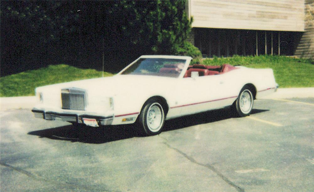 1978 LINCOLN CONTINENTAL MARK V TOPEZ CONVERTIBLE - Front 3/4 - 20326