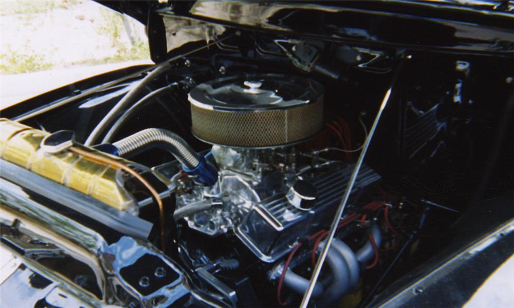 1956 FORD F-100 PICKUP - Engine - 20335
