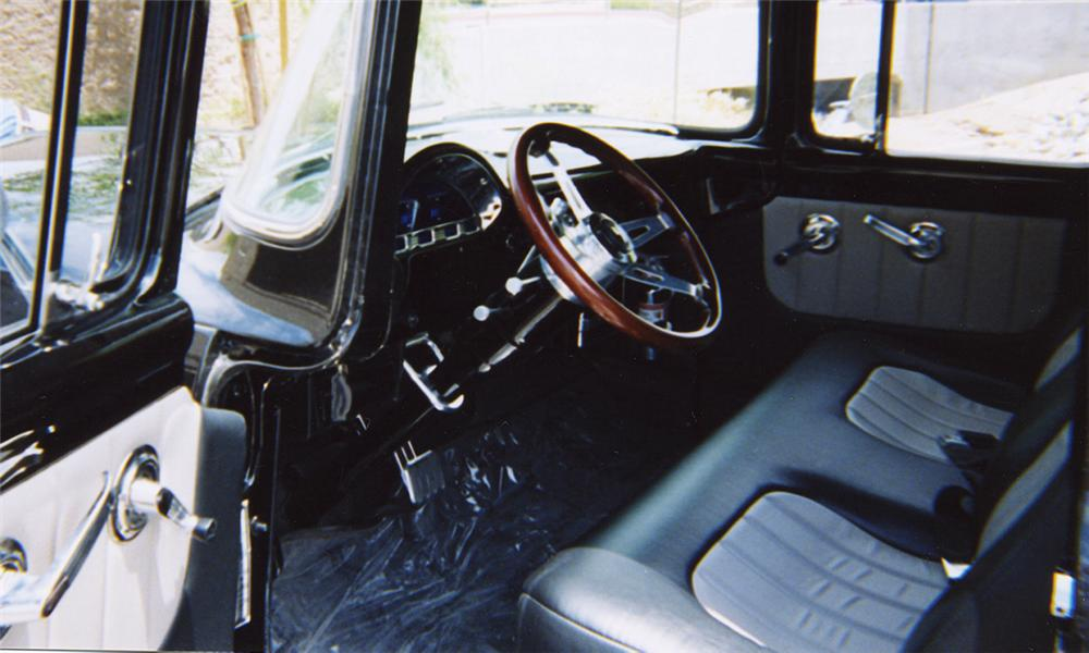 1956 FORD F-100 PICKUP - Interior - 20335