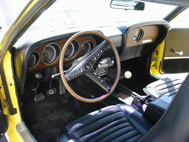 1969 FORD MUSTANG MACH 1 FASTBACK - Interior - 20337