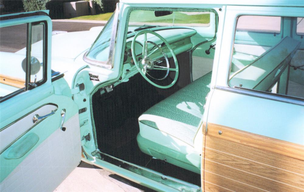 1956 FORD COUNTRY SQUIRE STATION WAGON - Interior - 20339