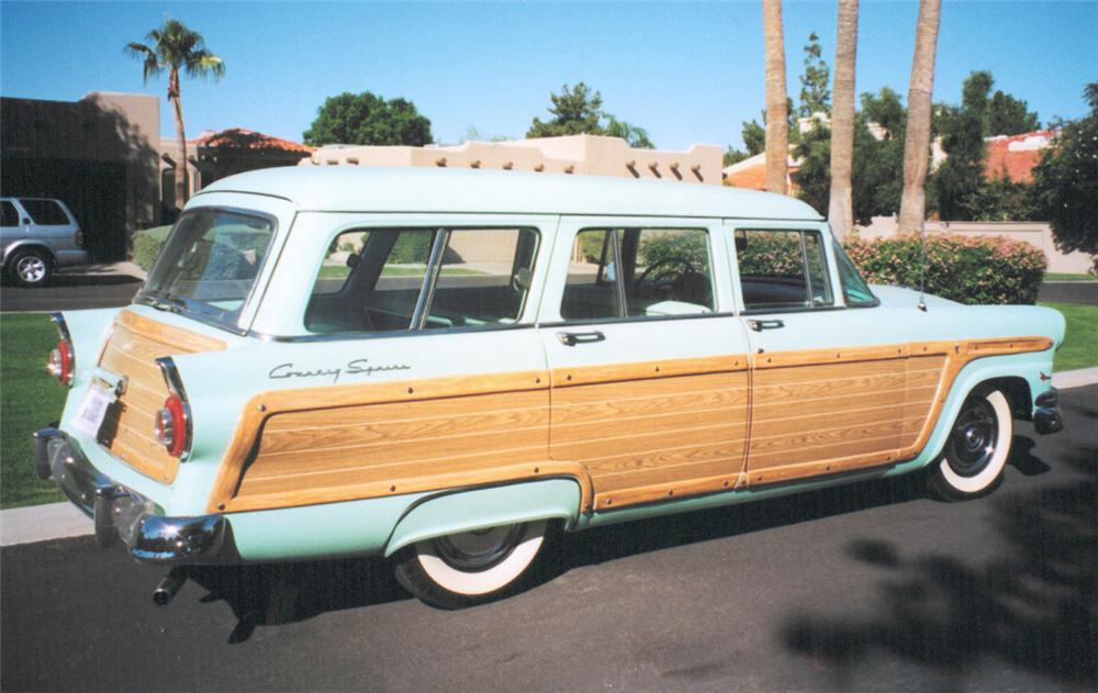 1956 FORD COUNTRY SQUIRE STATION WAGON - Rear 3/4 - 20339