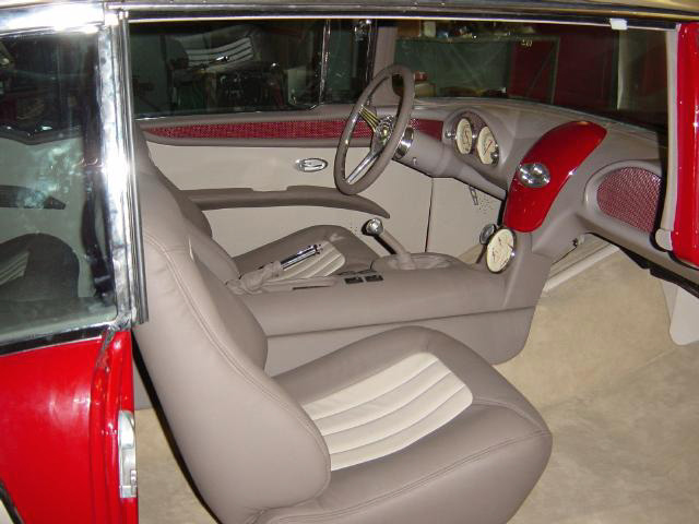 1955 CHEVROLET BEL AIR CUSTOM SPORT COUPE - Interior - 20348