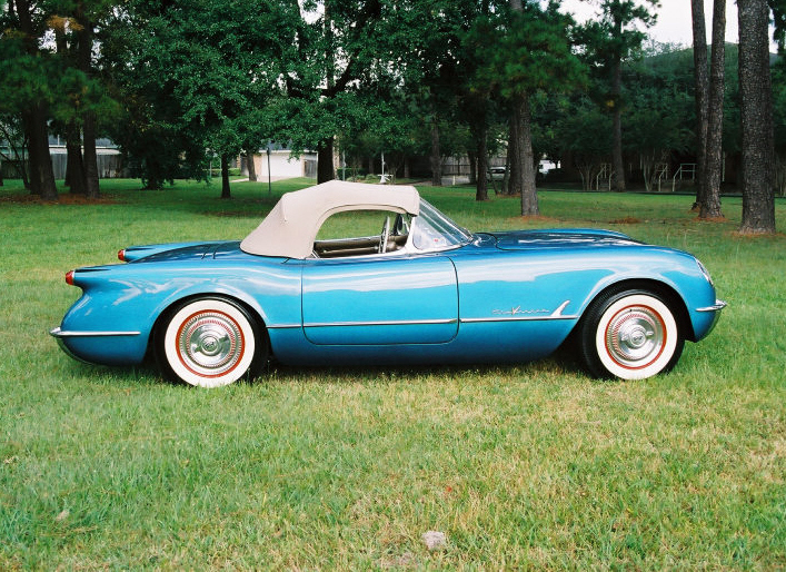 1955 CHEVROLET CORVETTE ROADSTER - Side Profile - 20368
