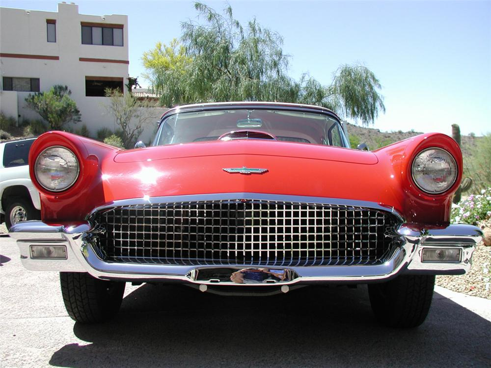 1957 FORD THUNDERBIRD CONVERTIBLE - Side Profile - 20372