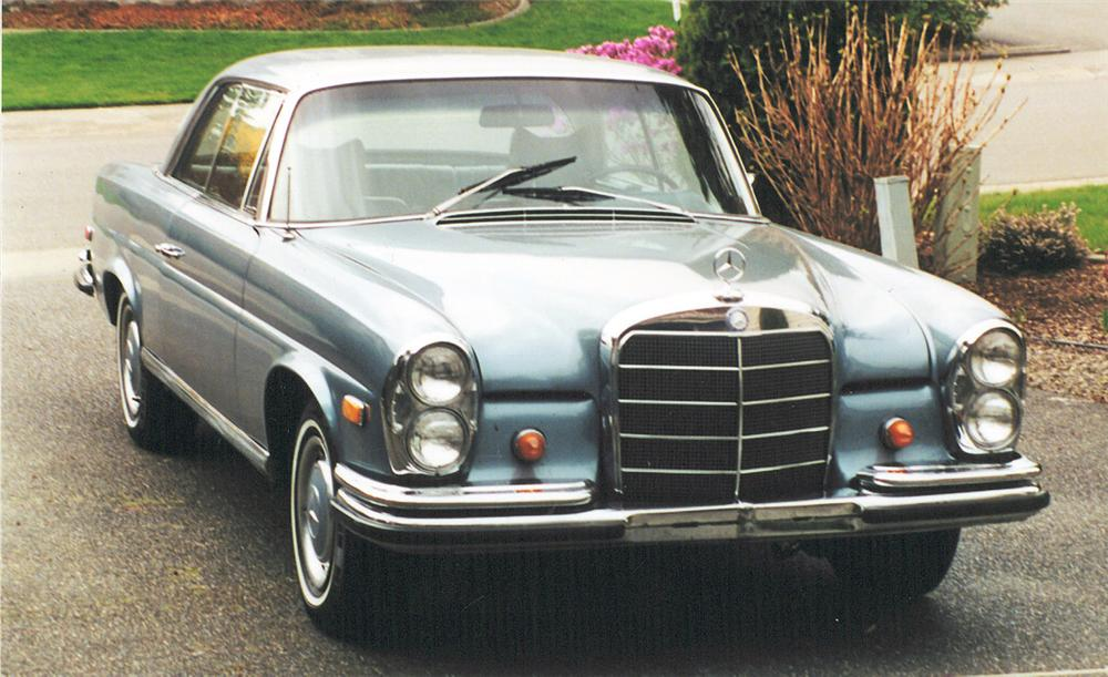 1968 MERCEDES-BENZ 280SE COUPE - Front 3/4 - 20374