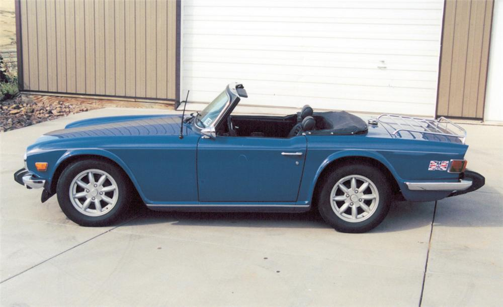 1975 TRIUMPH TR-6 ROADSTER - Side Profile - 20377