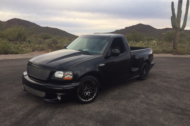 2000 ford f 150 lightning custom pickup 204204. Black Bedroom Furniture Sets. Home Design Ideas