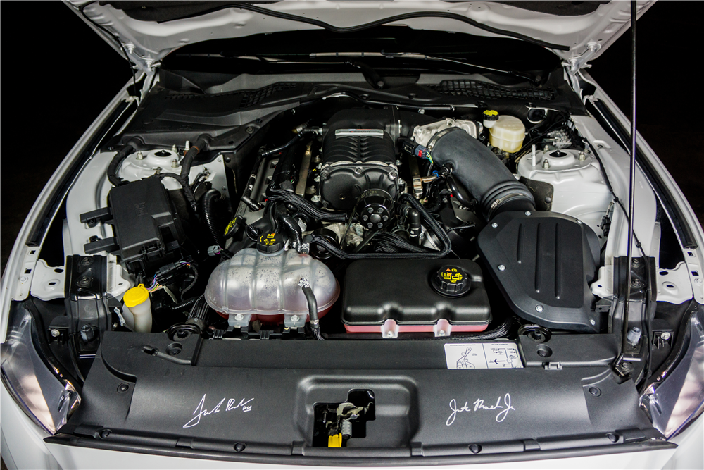 2015 FORD MUSTANG GT FASTBACK - Engine - 204210