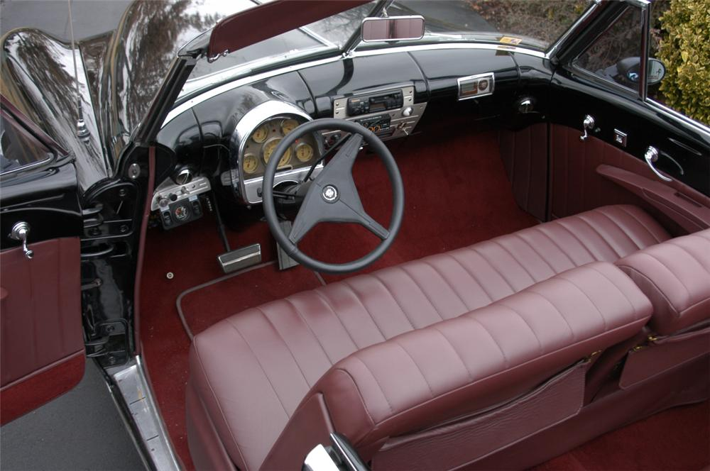 1948 CADILLAC FLEETWOOD CONVERTIBLE - Interior - 20580
