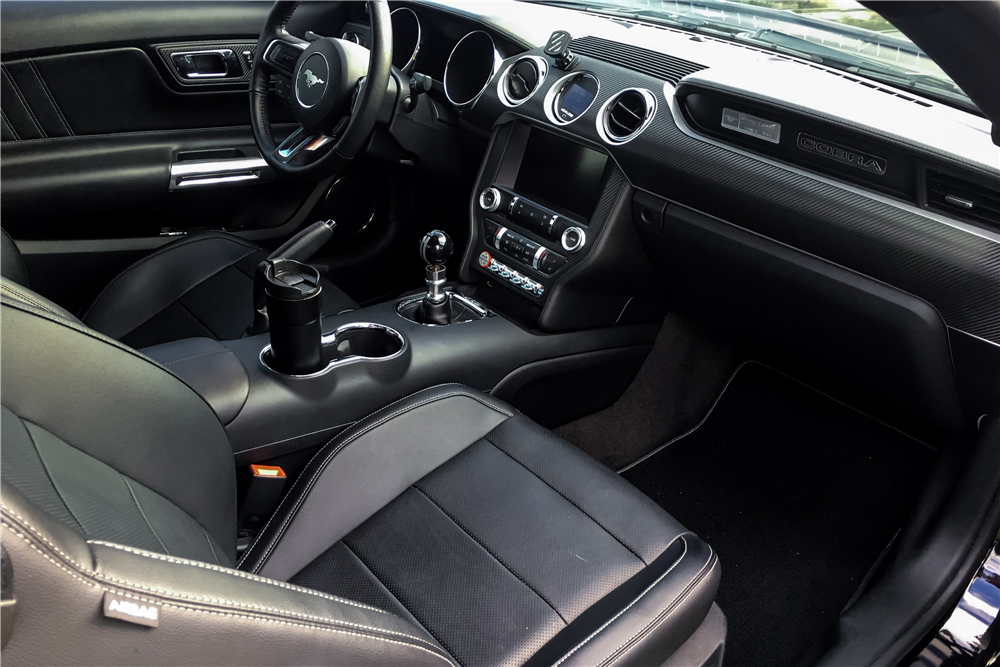 ... 2015 FORD MUSTANG GT CUSTOM FASTBACK   Interior   205830 ...