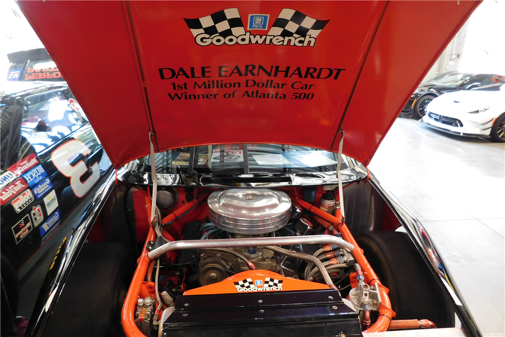 DALE EARNHARDT'S #3 GOODWRENCH 1989 CHEVROLET LUMINA RACE CAR - Engine - 205886