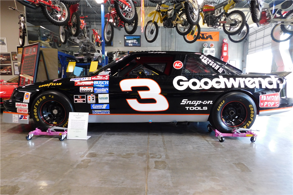 DALE EARNHARDT'S #3 GOODWRENCH 1989 CHEVROLET LUMINA RACE CAR - Side Profile - 205886