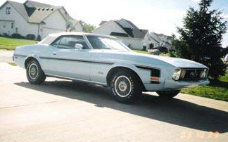 1973 FORD MUSTANG CONVERTIBLE - Front 3/4 - 20592