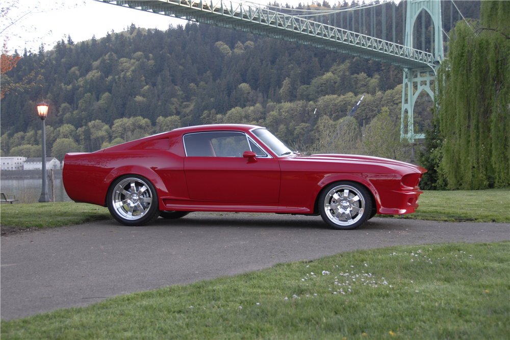 1967 FORD MUSTANG CUSTOM FASTBACK - Side Profile - 205951