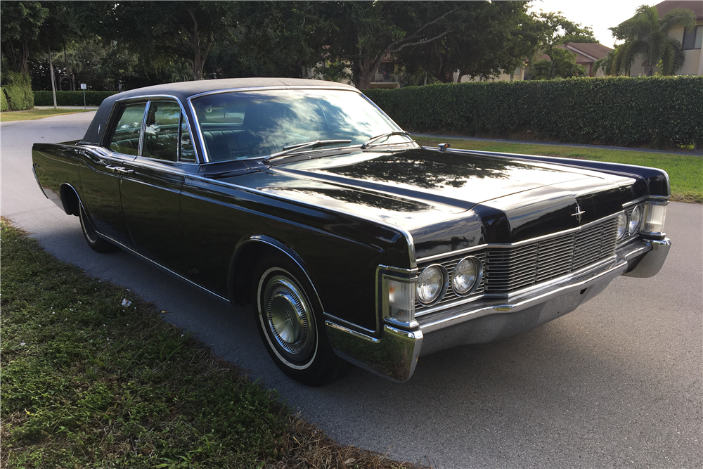 1968 lincoln continental 4 door sedan 206100. Black Bedroom Furniture Sets. Home Design Ideas