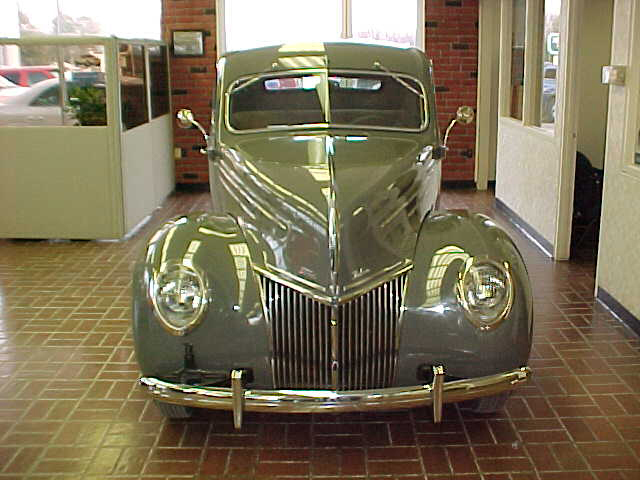 1939 FORD DELUXE 2 DOOR COUPE - Side Profile - 20618