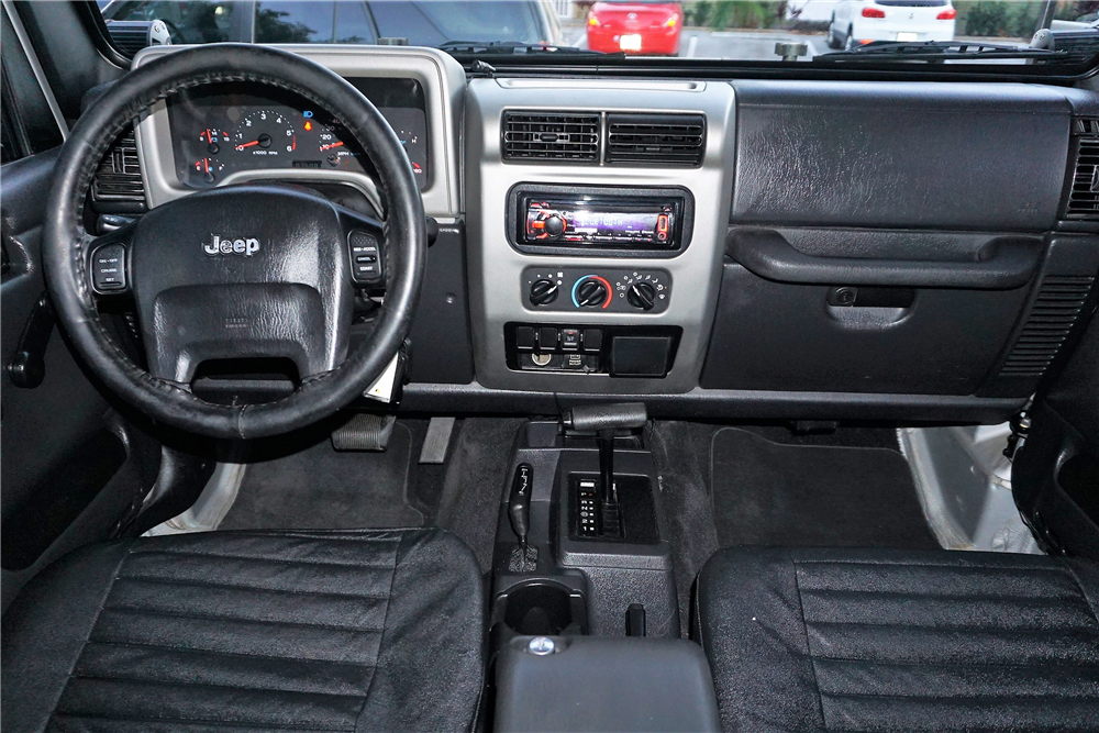 2005 jeep wrangler unlimited custom 4x4 pickup 206383. Black Bedroom Furniture Sets. Home Design Ideas