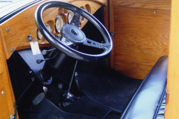 1931 FORD MODEL A CUSTOM WOODY SEDAN DELIVERY - Interior - 20686