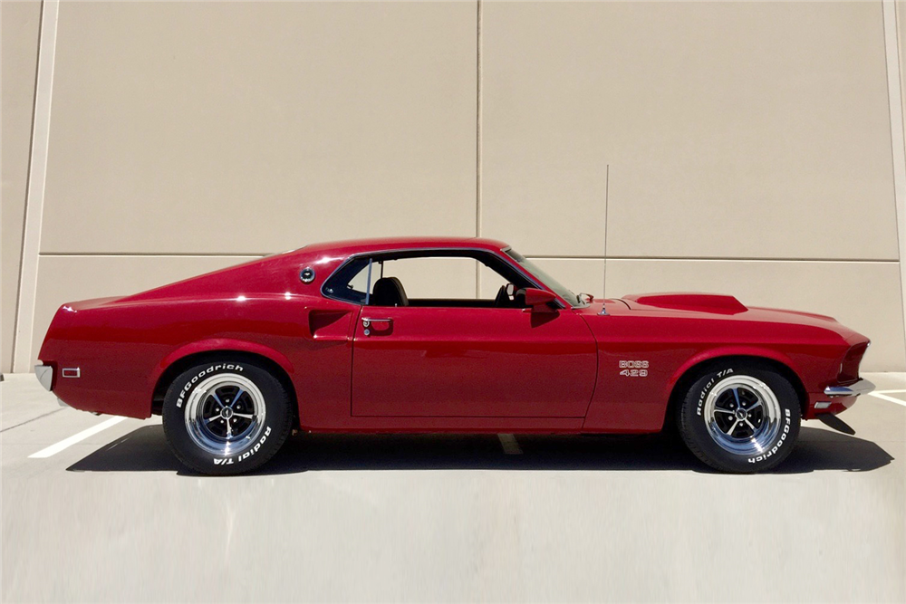 1969 FORD MUSTANG MACH 1 CUSTOM FASTBACK - Side Profile - 207762