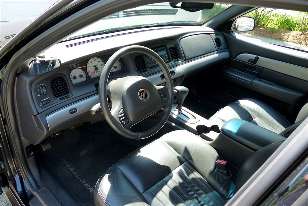 ... 2003 MERCURY MARAUDER   Interior   208122 ...
