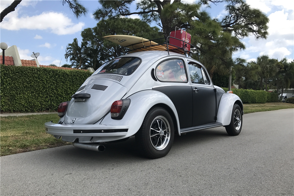 1971 Volkswagen Super Beetle Custom Sedan 208223