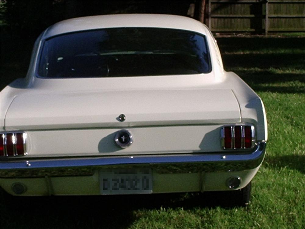 1965 FORD MUSTANG FASTBACK - Rear 3/4 - 20848