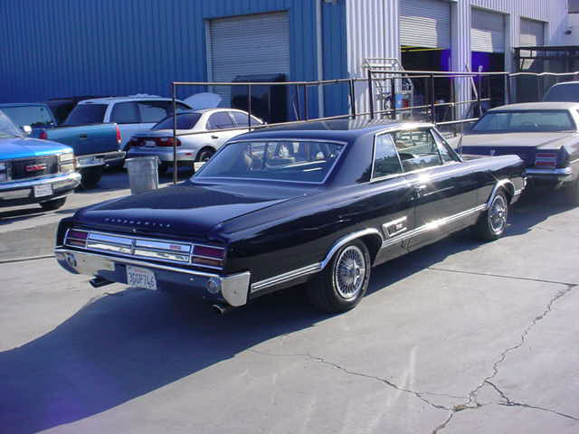 1965 OLDSMOBILE CUTLASS 442 2 DOOR HARDTOP - Rear 3/4 - 20861