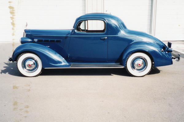 1937 PACKARD 115 3-WINDOW COUPE - Side Profile - 20890