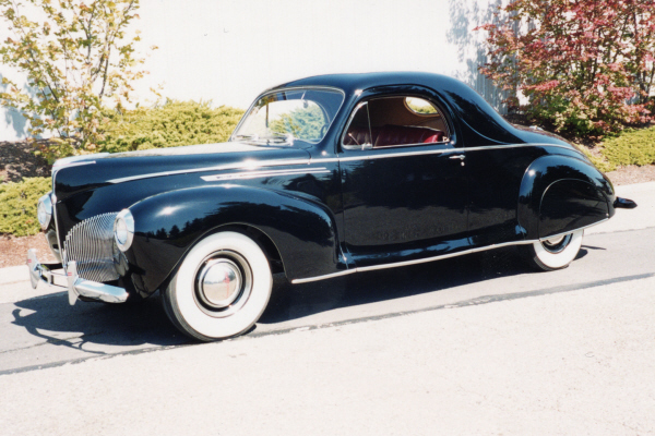 1940 LINCOLN ZEPHYR 3-WINDOW COUPE - Front 3/4 - 20891
