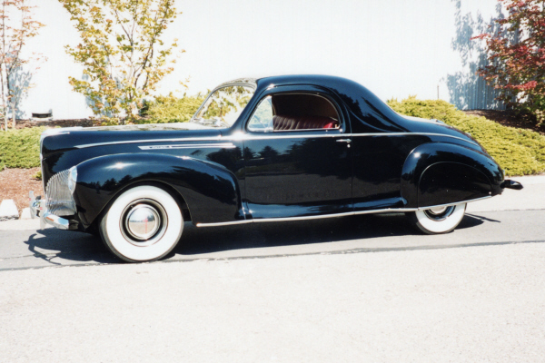 1940 LINCOLN ZEPHYR 3-WINDOW COUPE - Side Profile - 20891