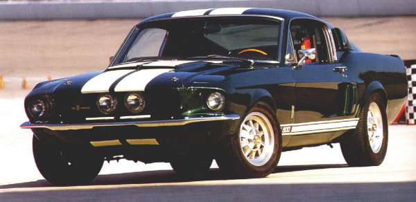 1967 SHELBY GT500 FASTBACK - Front 3/4 - 20908