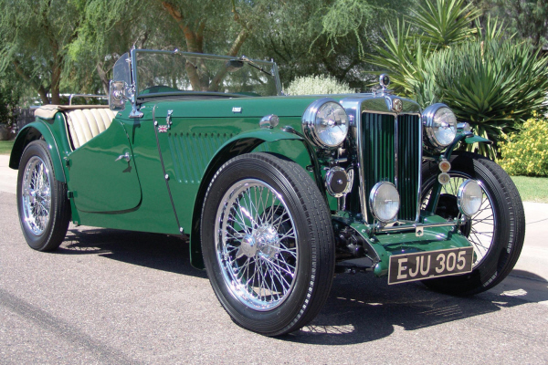 1947 MG TC ROADSTER - Front 3/4 - 20911