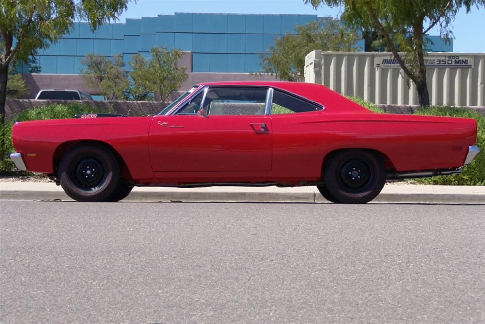 1969 PLYMOUTH ROAD RUNNER 2 DOOR HARDTOP - Side Profile - 20917