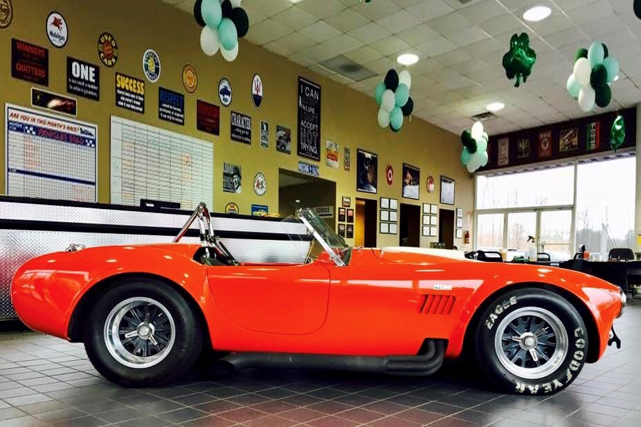 1965 SHELBY COBRA CSX 4000 ROADSTER - Side Profile - 209209