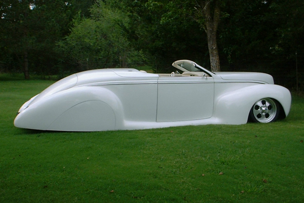 1939 LINCOLN ZEPHYR CONVERTIBLE - Side Profile - 20923