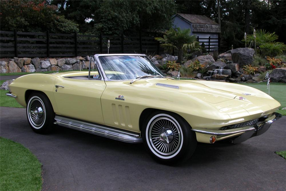1966 CHEVROLET CORVETTE 427/425 CONVERTIBLE - Front 3/4 - 20940