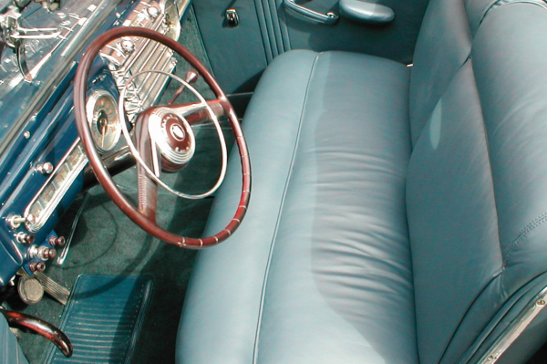 1948 LINCOLN CONTINENTAL CABRIOLET - Interior - 20956
