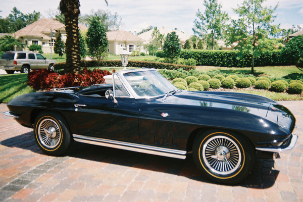 1965 CHEVROLET CORVETTE 327 CONVERTIBLE - Front 3/4 - 20975