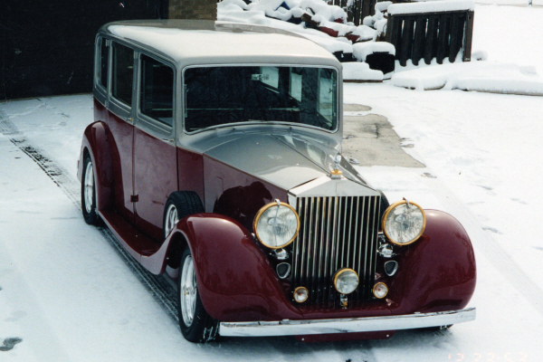 1938 ROLLS-ROYCE PHANTOM III CUSTOM 4 DOOR SEDAN - Front 3/4 - 20992