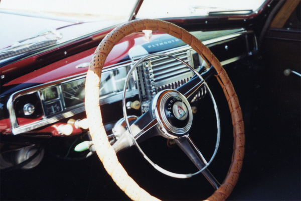 1948 PLYMOUTH P-15 DELUXE WOODIE WAGON - Interior - 21001