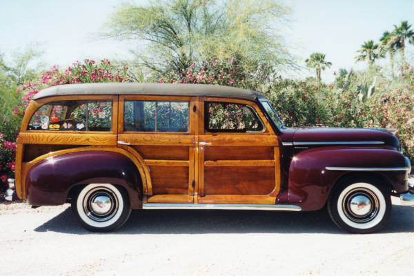 1948 PLYMOUTH P-15 DELUXE WOODIE WAGON - Side Profile - 21001
