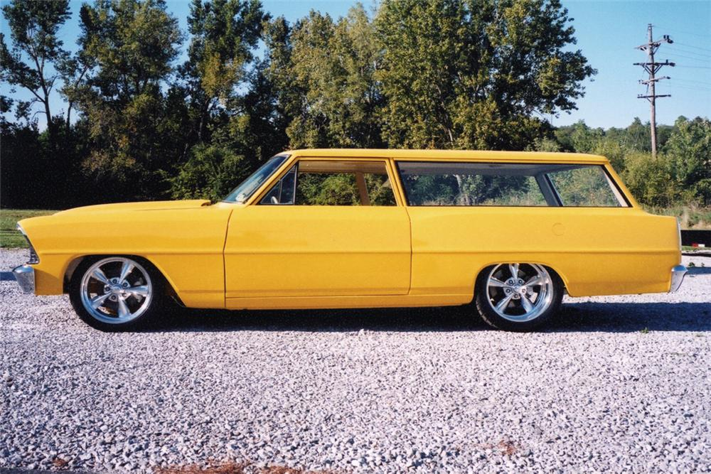 1967 CHEVROLET NOVA CUSTOM STATION WAGON - Front 3/4 - 21009