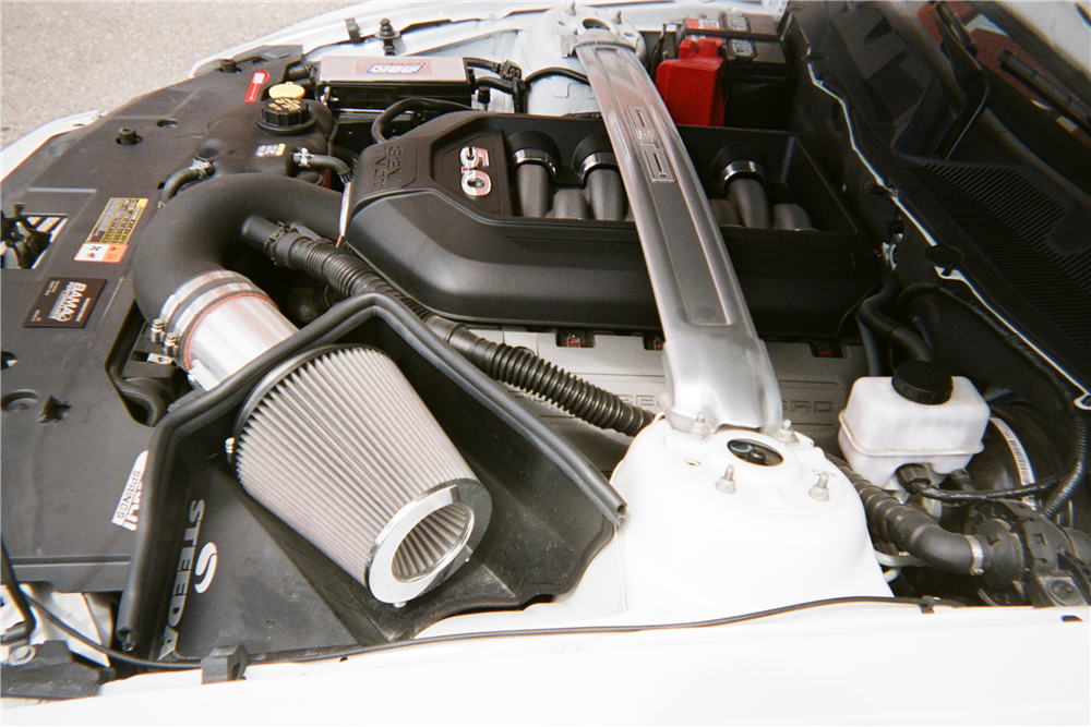 2011 FORD MUSTANG - Engine - 210145
