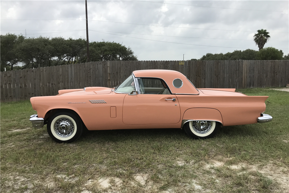 1957 FORD THUNDERBIRD CONVERTIBLE - Side Profile - 210228
