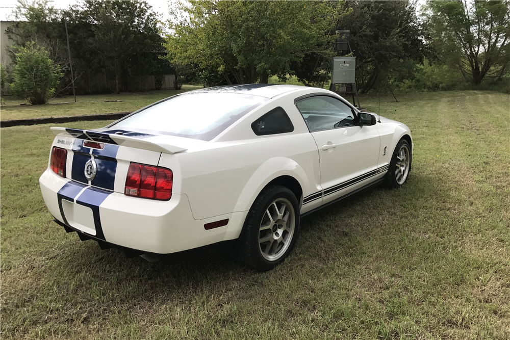 2007 FORD SHELBY GT500 - Rear 3/4 - 210231
